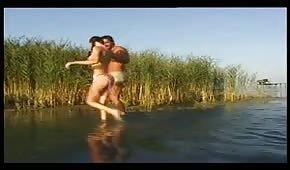 Orgazm nad jeziorem