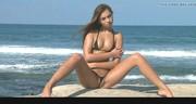 Seksowne ciałko na gorącej plaży
