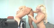 Super blondyny z dużymi pośladami