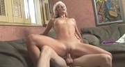 Seks z chudą i białowłosą laską
