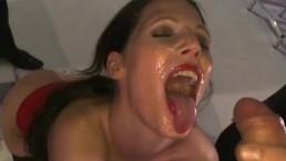 Wytryski do ust Niemki