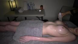 Ukryta kamera w pokoju masażu
