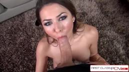 Długi penis wypełnia usta Melissa Moore