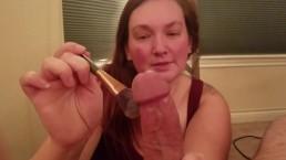 Cycata łania pudruje fiuta