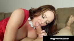 Krągła Maggie Green ma soczyste piersi