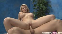 Seks z cudowną masażystką