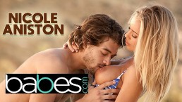 Wakacyjny seks z boską Nicole