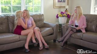 Trzy napalone porno lesbijki