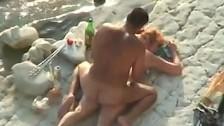 Kochankowie na gorącej plaży