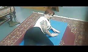 Yoga z milfą