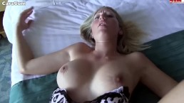 Cycata blondi uwielbia się pieprzyć