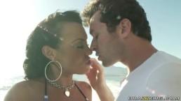 Mariah Milano zaprasza na seks wyprawę