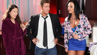Brazzers – Ashton Blake, Van Wylde Fuck My Pussy, Not My Daughter's
