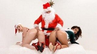 Brazzers Jenna Ivory & Keisha Grey – Santa's Anal Elves